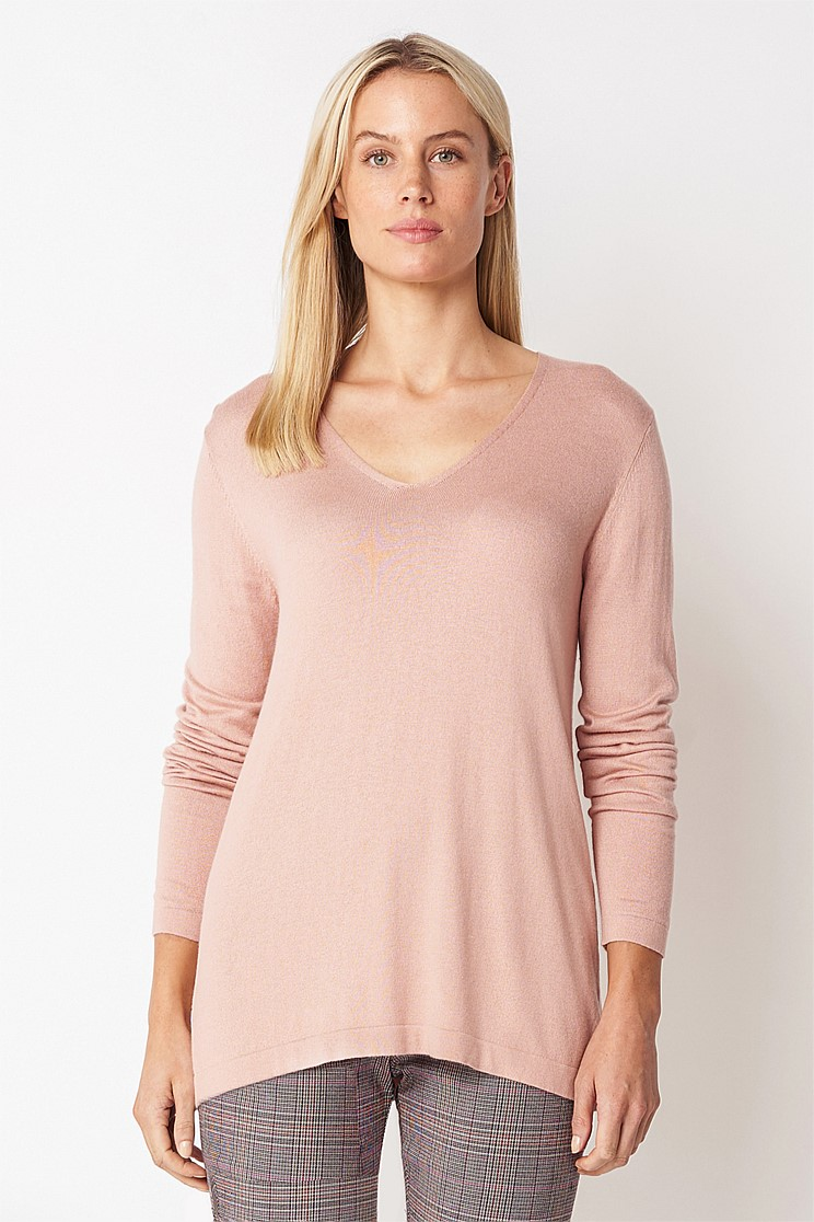 Long Sleeve V-Neck Knit