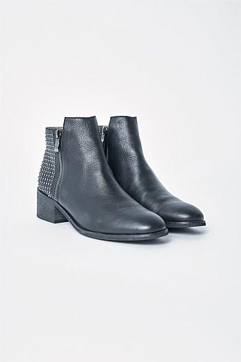 b16ae0d83c0 Shop Women s Shoes   Sandals Online