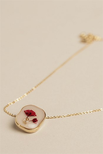 L'Amour Flower Necklace