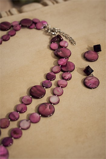 Plum Multirow Shell Disk Necklace